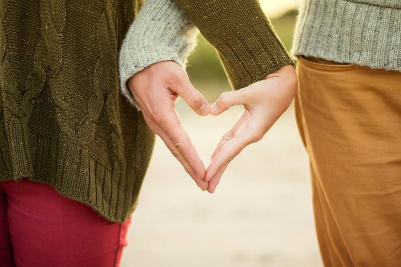 疑似恋愛でも女性ホルモンは増える!女性ホルモンを活性化する妄想恋愛の効果とは!?