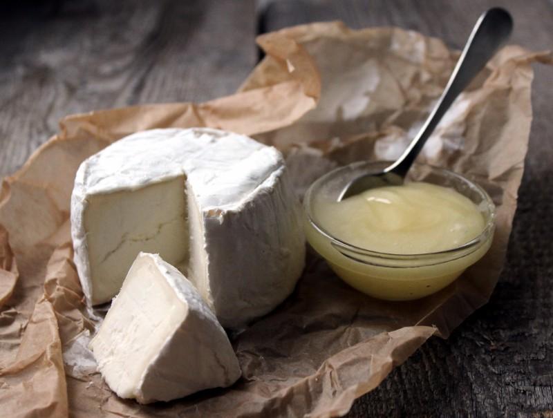 美味しいだけじゃない!バストアップも叶えてくれるチーズの効果とは?