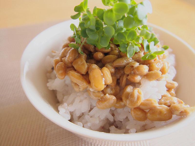 納豆に秘められたバストアップ効果とは?