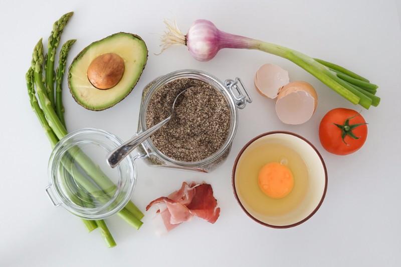 ふっくらプルプルバストはこうやって作る!魅力的なバストに必要な栄養素とは?